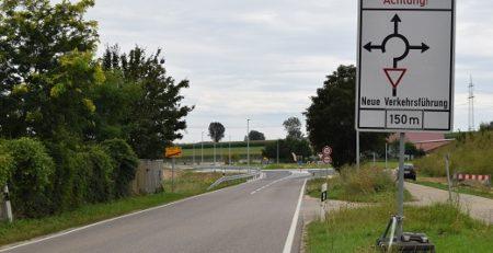 20200901 Kreisverkehr nach Laugna Aug